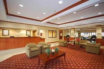 фото Comfort Inn Near Six Flags St. Louis 146809474