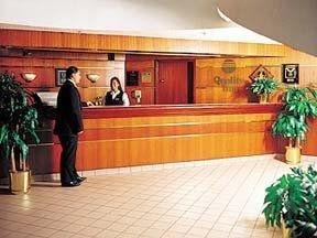 фото Comfort Inn Plymouth Clocktower 148465140