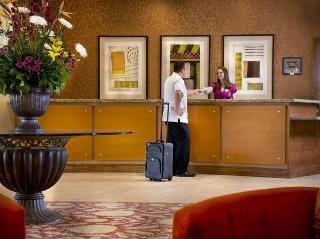 фото Embassy Suites Phoenix - Scottsdale 148466057