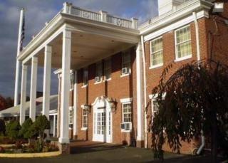 фото Econo Lodge Conference Center 148493864