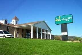 фото Quality Inn Riverview Enola Harrisburg 148505333