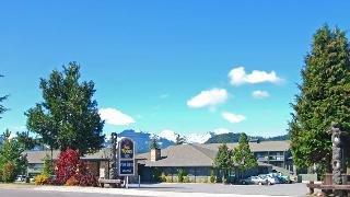 фото Best Western PLUS Tree House Inn 151471385