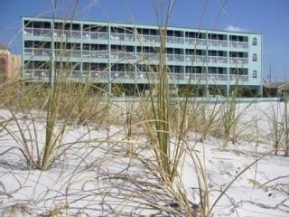 фото Barefoot Beach Hotel Madeira Beach 151472126