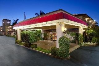 фото Best Western PLUS Executive Inn 151490784