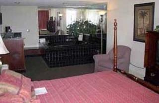 фото Comfort Inn South Oceanfront 151608709