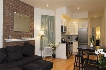 фото Upper East Side Apartments 1517813925