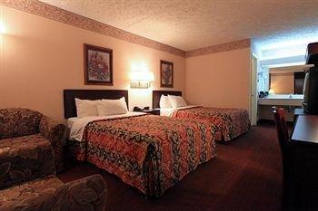 фото Americas Best Value Inn 1518071825