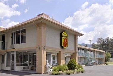 фото Super 8 Motel Black Mountain 1518097623