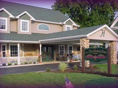 фото Hearthstone Inn & Suites 1518098763