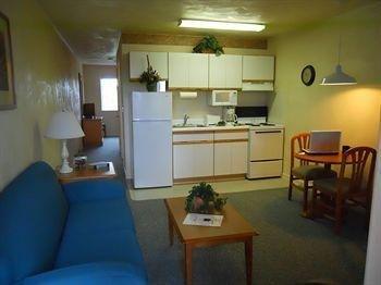 фото Affordable Corporate Suites of Waynesboro 1518100150