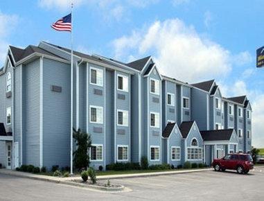 фото Microtel Inn & Suites Tomah 1518103642