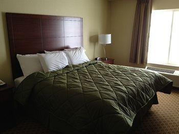 фото Cobblestone Inn & Suites 1518122891