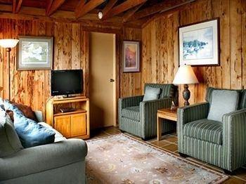фото Bodega Harbor Inn 1518126390