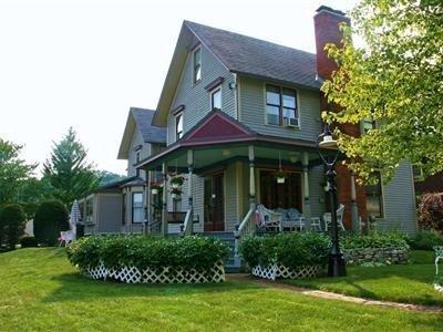 фото Victorian Rose Garden 1518129650
