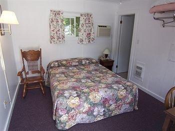 фото Belle Isle Motel 1518131924