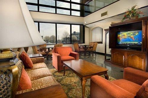 фото Drury Inn & Suites St. Louis-Southwest 1518652041