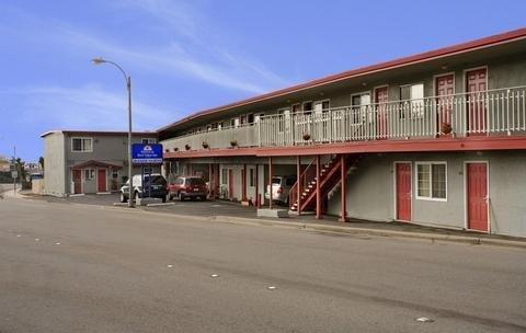 фото Americas Best Value Inn-Seaside North 1561209607