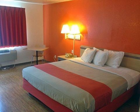 фото Motel 6 Houston North-Spring 1561789417