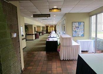 фото Jameson Inn Hotel & Conference Center 162888620