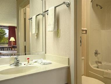 фото Super 8 Motel Dothan 1636860854
