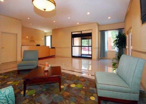 фото Comfort Inn Villa Rica 1638163437