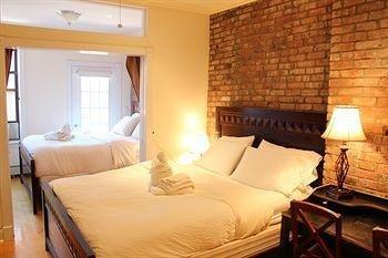фото East Village Suites 1652087230