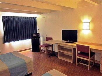 фото Motel 6 Kokomo 1696894874