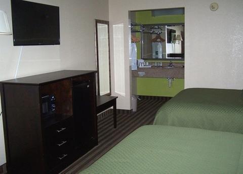 фото Quality Inn 1697687495