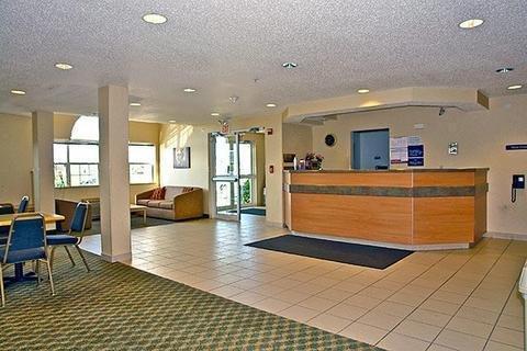 фото Motel 6 Sycamore 1702820660
