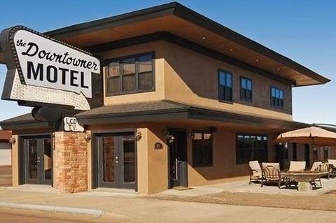 фото Rodeway Inn & Suites Downtowner-Rte 66 1702999804