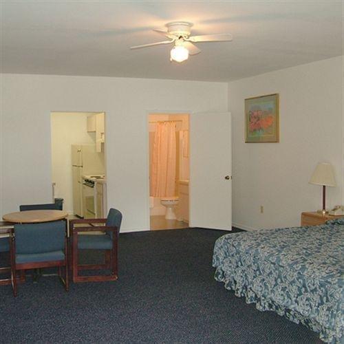 фото Beverly Hills Motel 1724542818