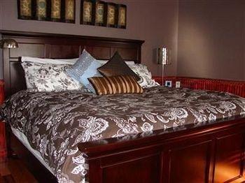фото Elliott House Bed & Breakfast 1729080918