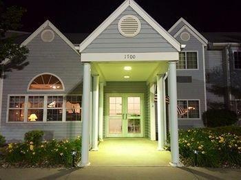фото Sunset Inn & Suites 1732873019