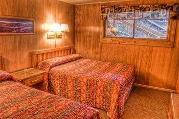 фото McGregor Mountain Lodge 1743229316
