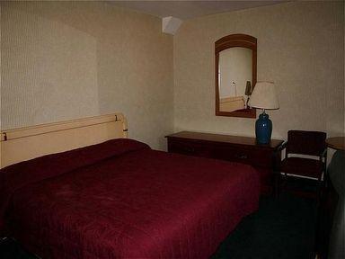 фото Passport Inn Motel 1883447536