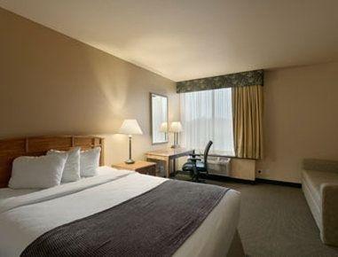 фото Ramada Plaza Omaha Hotel 195634836