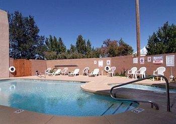 фото Rodeway Inn & Suites Santa Fe 195858634