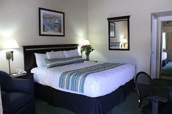 фото The Sandman Inn 213828774