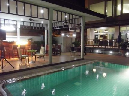 фото Emerald Palace - Serviced Apartment 225007603