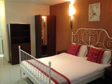фото Jomtien View Talay 1 by Tamnak Luxury Resort 225030180