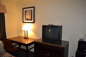 фото Countryside Inn & Suites 226056768