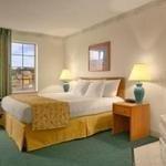 фото Baymont Inn and Suites Mackinaw 227955033