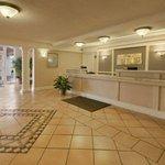 фото Days Inn Hotel Houston 227955443