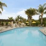 фото Best Western Plus South Coast Inn 227971199