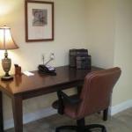 фото Candlewood Suites Denham Springs 227986103