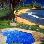 фото Castle Lanikai , a Condominium Resort 227991348