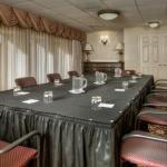 фото Arlington Court Suites Hotel 228000175
