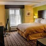 фото Clarion Inn & Suites Virginia Beach 228001924