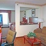фото Comfort Suites Northlake 228027468