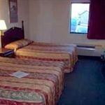 фото Days Inn & Suites Detroit Metropolitan Airport 228064501